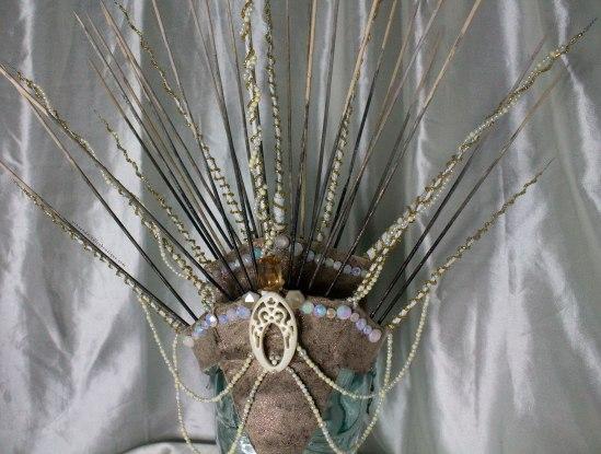 Queen_Headdress-Detail